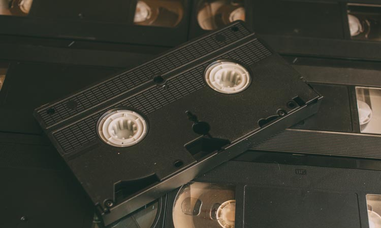 How Do You Convert Video Camera Tapes To DVD?