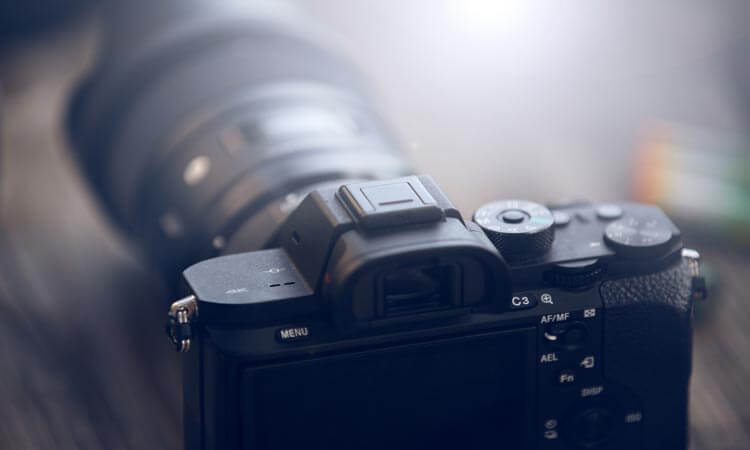 Are Mirrorless Cameras Good For Video: Essential Guide For Filmmakers