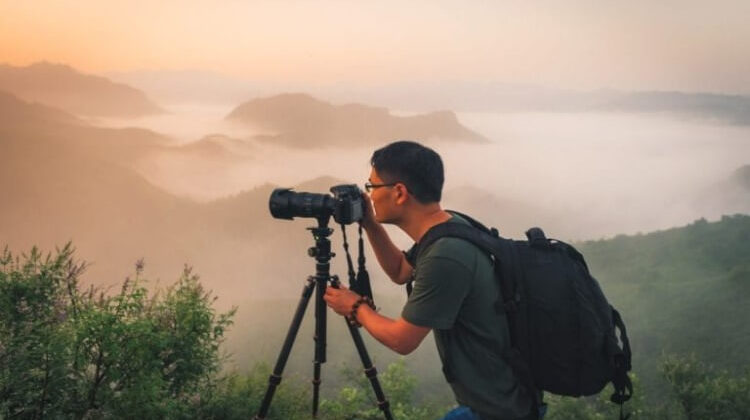The 7 Best Travel Tripods For Mirrorless Cameras