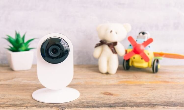 How To Detect Listening Devices Or Hidden Cameras?