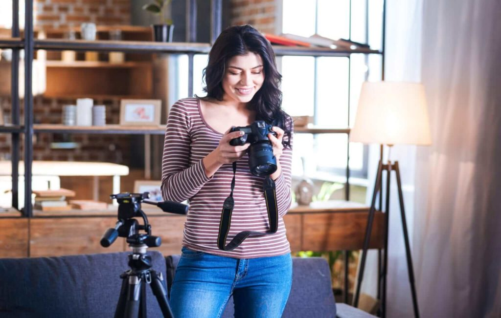 How To Set Up A Photography Studio At Home: Things You Should Know