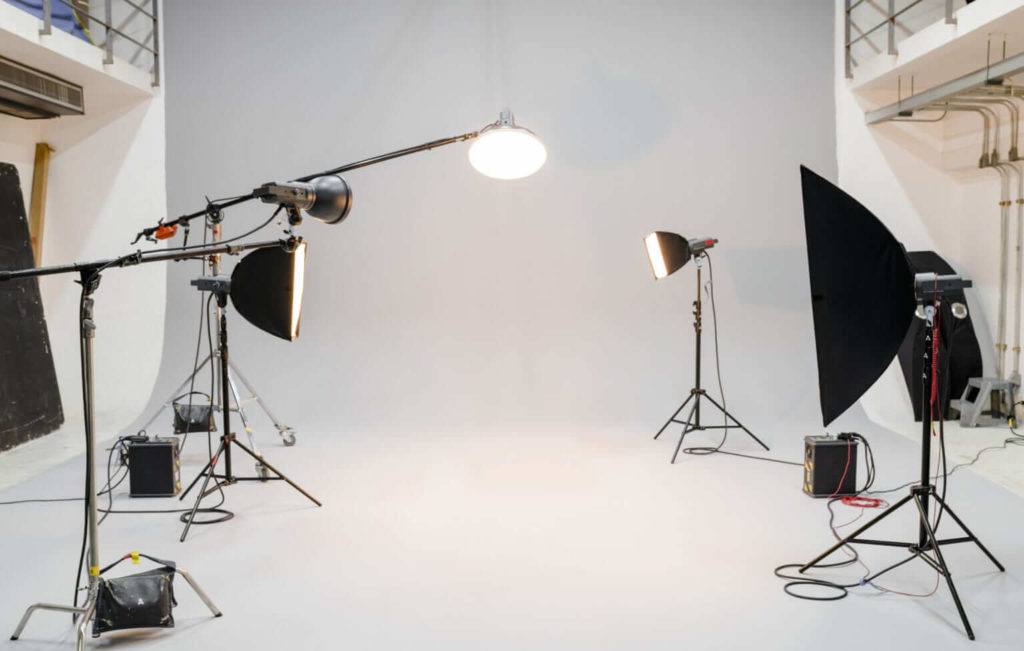 How To Set Up A White Background For A Photography Shoot?