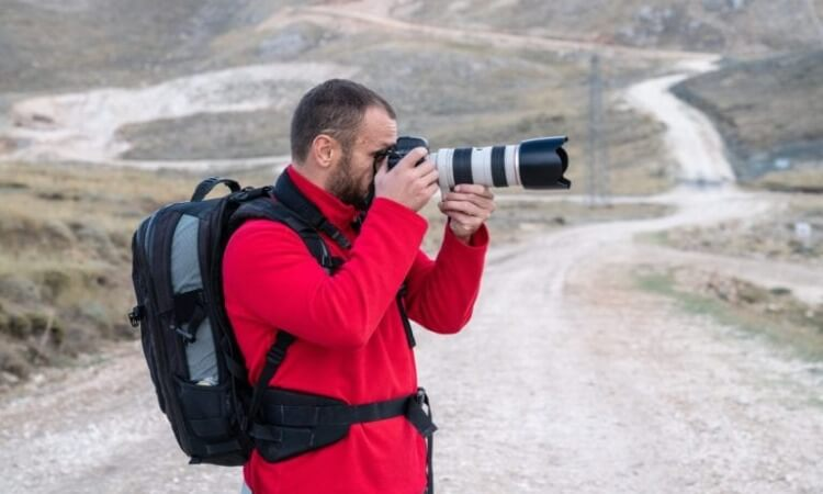 The 7 Best Camera Bags for Travel