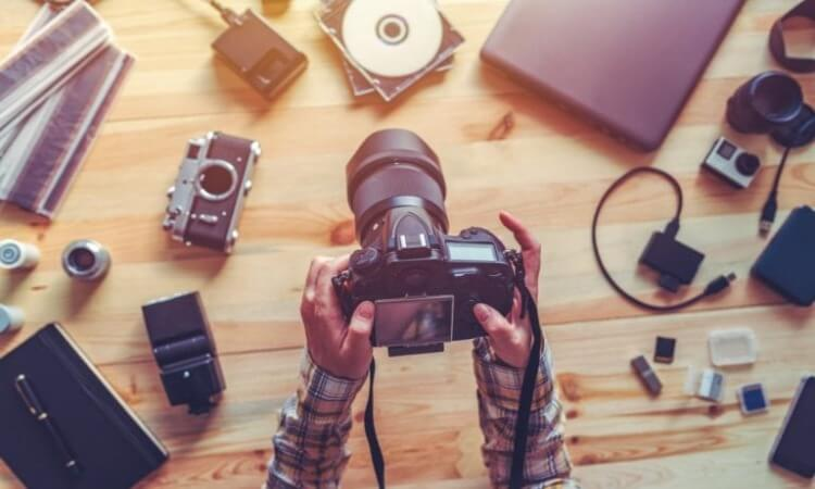 The 7 Best Camera Equipment For Photographers