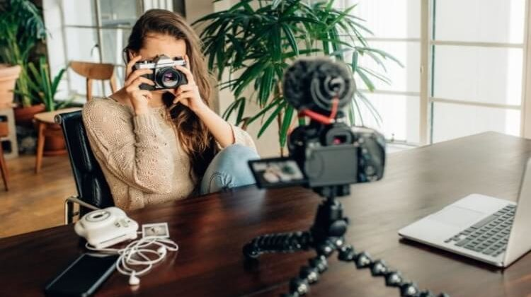 The 7 Best Flexible Tripods For Mirrorless Camera