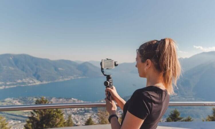 The 7 Best Gimbals For iPhone XS Max