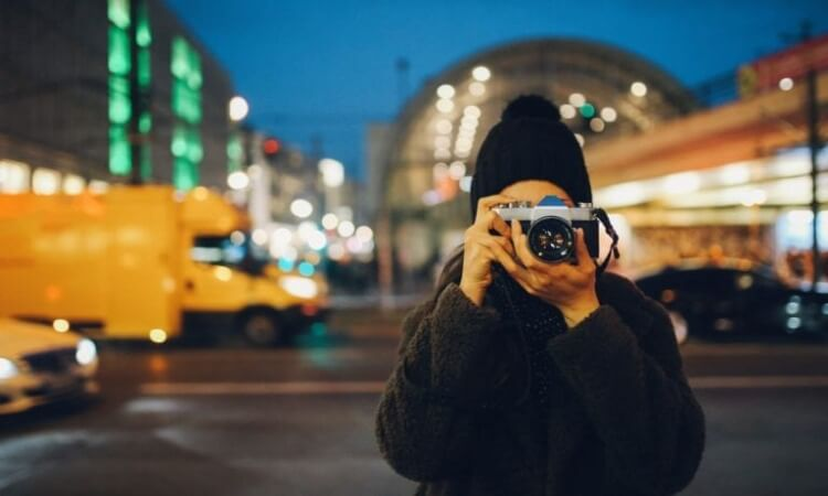 The 7 Best Mirrorless Cameras For Professionals