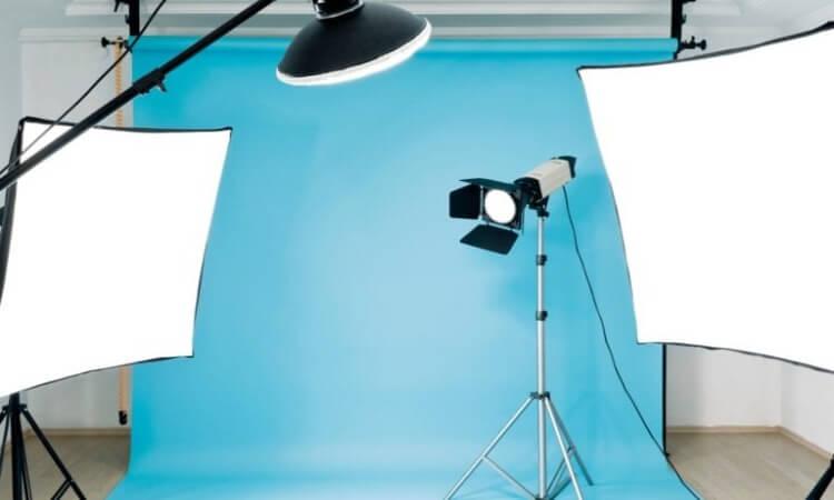 The 7 Best On Camera Lights For DSLR Video