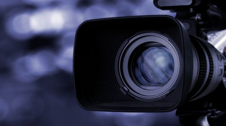 The 7 Best On Camera Video Lights For Clear Shots