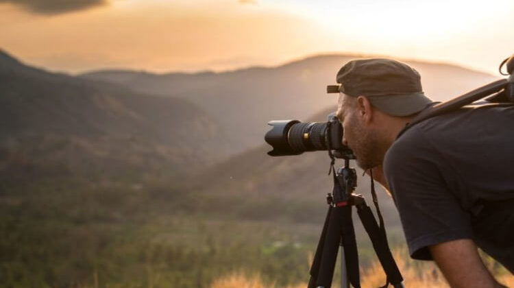 The 7 Best Portable Camera Tripods: Recommended Travel Tripods