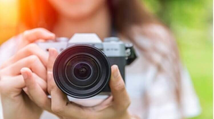 The 7 Best Value Mirrorless Cameras That You Can Get